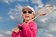 有球拍的女孩羽毛球的 免版税库存图片