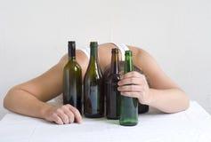 有瓶的人 免版税库存照片