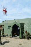 有电台的军校学生医疗帐篷的 免版税库存图片