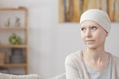 有癌症的妇女 免版税库存图片