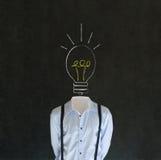 有白垩电灯泡头的聪慧的富创意的人 免版税库存图片