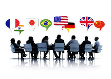 有的商人关于国际关系的一个会议 免版税库存图片