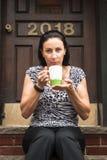 有的妇女coffe 免版税库存照片