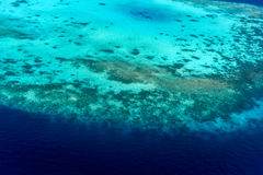 仅有的Reethi Rah马尔代夫海岛度假村空中射击  图库摄影