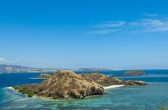 有盐水湖和海滩的美丽的海岛在弗洛勒斯,印度尼西亚 库存照片