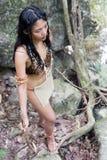 有矛的部族妇女 库存图片