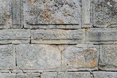 有石工的古老墙壁 免版税库存图片