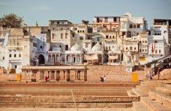 有砖房子的老印度城市 免版税图库摄影