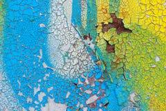 有破裂, pelling的颜色油漆的老墙壁 抽象背景 库存图片