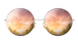 有积云多云天空的反射的太阳镜 向量例证