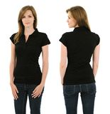 有空白的黑球衣的年轻深色的妇女 免版税库存照片