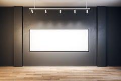 有空的广告牌的当代展览室 图库摄影