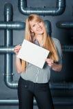 有空的空白的微笑的妇女 免版税库存图片