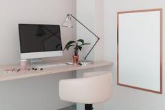 有空的计算机显示器的创造性的工作场所 免版税图库摄影