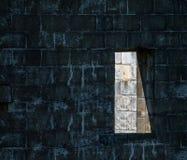 有窗口的抽象墙壁 免版税库存图片