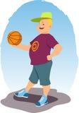 有篮球的微笑的人 免版税库存图片