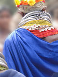 有精心制作的项链的Bonda部族妇女 图库摄影