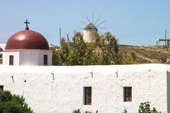 有红色屋顶的教会 免版税图库摄影