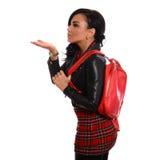 有红色袋子的典雅的魅力夫人 免版税库存图片