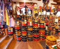 有纪念品的商店在阿尔萨斯, 库存图片