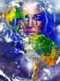 有纹身花刺的女神妇女在面孔和地球 皇族释放例证