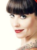 有纹身花刺的葡萄酒妇女 免版税图库摄影