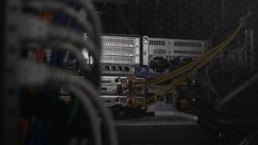 有网络的数据库服务器硬件缚住,网络主持,云彩计算 股票录像