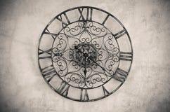 有罗马数字的时钟 库存照片