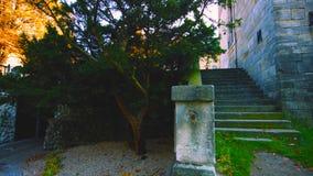 有罗马被启发的剧院和宫殿的瓦金基公园水的在华沙,波兰-图象 免版税图库摄影