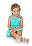 有美丽的头发的可爱的矮小的时尚女孩 库存照片