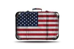 有美国的旗子的旅行葡萄酒皮革手提箱在白色背景隔绝了 向量例证