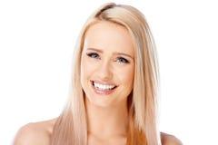 有美好的微笑的可爱的女孩 免版税图库摄影