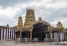 有美好的建筑学的印地安寺庙 免版税库存照片