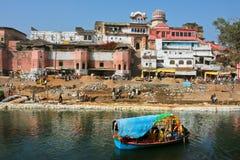 有老砖房子的美丽的印度城市 免版税图库摄影