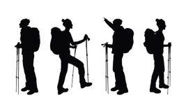 有背包和拐杖的徒步旅行者女孩 向量例证