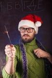 有胡子的年轻人以绿色编织了毛线衣 库存图片