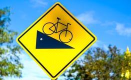 有自行车标志的路 库存照片
