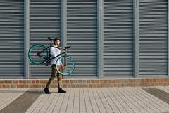 有自行车的人 库存照片