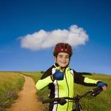 有自行车的孩子 库存图片