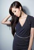 有至善至美的皮肤的美丽的亚裔少妇 免版税图库摄影