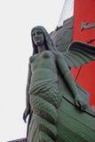 有船嘴装饰的专栏看法在圣彼德堡,俄罗斯 库存图片