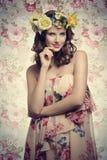 有花卉样式的浪漫女孩 库存图片