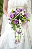 有花束的新娘 图库摄影