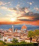 有花的佛罗伦萨大教堂,意大利 免版税图库摄影