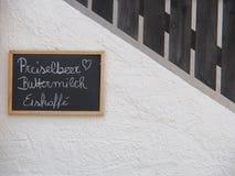 有菜单的,南蒂罗尔,意大利,欧洲黑板 免版税库存图片