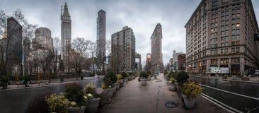 有著名摩天大楼的纽约全景 免版税库存照片