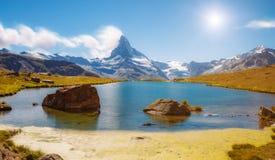 有著名高峰马塔角的伟大的全景 地点地方Swis 免版税图库摄影