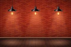 有葡萄酒吊灯的砖墙室 免版税库存图片