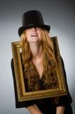 有葡萄酒帽子的妇女 库存照片