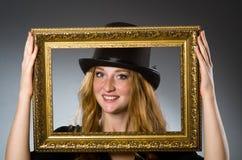 有葡萄酒帽子的妇女 免版税图库摄影